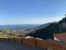 Sizilianische Berge lizenzfreie stockfotos