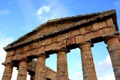 Sizilien, griechische Tempelruinen Stockbild