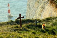 Självmordminnesmärkear på klippaöverkant på det Beachy huvudet UK Fotografering för Bildbyråer