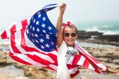 Självständighetsdagenberöm med amerikanska flaggan Royaltyfri Bild