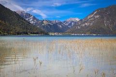 Sjö Achensee i Tirol Arkivfoto