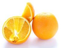 Sjö- apelsin för helhet och för snitt Arkivbild