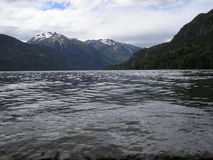 Sjö & berg Royaltyfri Fotografi