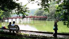 Sjöför Hoà n KiẠ¿ M, Hanoi Vietnam arkivfoto