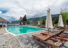 Sjö Front Five Star Villa i den Samosir ön Fotografering för Bildbyråer