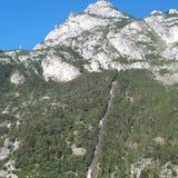 Sjö Garda, bergiga landforms, berg, bergskedja, vildmark arkivfoton