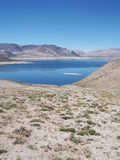 Sjö i bergen Arkivbilder