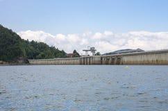 Sjö i den Bieszczady nationalparken i Polen Fotografering för Bildbyråer