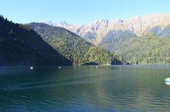 Sjö i sjön för bergKaukasus berg Royaltyfria Foton