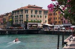 Sjö lago di garda Italien Royaltyfria Bilder