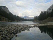 Sjö Louis Landscape In Banff, Kanada arkivfoton