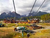 Sjö Louise Ski Resort Gondola Summer, Banff NP Royaltyfria Foton