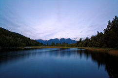 Sjö Matheson, västkusten, Nya Zeeland Arkivfoton