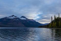 Sjö McDonlad i glaciärnationalpark Royaltyfri Foto