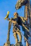 Sjö- monument till Peter det stort i vinter Arkivfoton