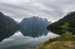 Sjö nära Stryn, Norge Royaltyfri Foto