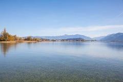 Sjö Obersee, höst Arkivfoto