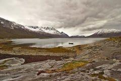 Sjö och berg Norge Royaltyfri Fotografi