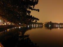 Sjö på natt 2 Fotografering för Bildbyråer