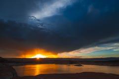 Sjö Powell på det solnedgångUtah landskapet Royaltyfri Fotografi