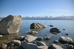 Sjö Pukaki i vintern, Nya Zeeland Arkivfoto