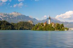 Sjö som blödas med den blödde ön, Slovenien Arkivbilder