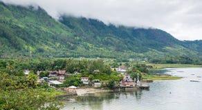 Sjö Toba i den indonesiska ön av Sumatra Arkivbild