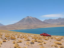 Sjö, Volcan & öken Royaltyfri Bild