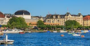 Sjö Zurich på en sommartidafton Arkivbild