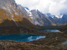 Sjöar och berg Arkivfoto