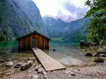 Sjöbod på Obersee, Berchtesgaden, Tyskland Arkivbilder