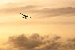 Sjöflygplan på solnedgången Fotografering för Bildbyråer