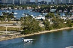 Sjöflygplan som avgår från Miami royaltyfria bilder