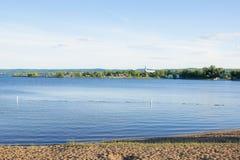 Sjölandskap i Kanada royaltyfria bilder
