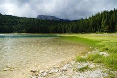 Sjölandskap i Montenegro Royaltyfri Bild
