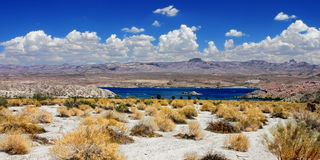 SjöMohavelandskap Nevada Arkivfoton