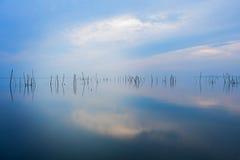 Sjön är tom arkivfoto