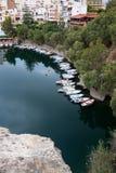 Sjön av Agios Nikolaos är också bekant som Voulismeni Royaltyfri Bild
