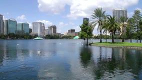 Sjön Eola parkerar i stadens centrum Orlando Florida stock video