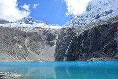 Sjön 69, i nationalpark för Huascarà ¡ n, Peru Royaltyfri Fotografi