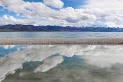Sjön i Tibet Arkivbilder