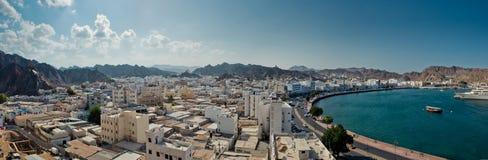 Sjösida av Muscat royaltyfri foto