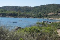 Sjösida Sardinia, Italien Royaltyfri Foto