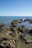 Sjösida Sardinia, Italien Arkivbild