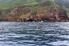 Sjösidagrotta av sköldpaddaön, Yilan County, taiwan Royaltyfria Bilder