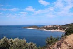 Sjösidasikt från Tassos Greece Arkivfoton