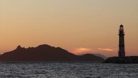 Sjösidastad av Turgutreis och spektakulära solnedgångar stock video