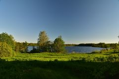 SjöSuvorov Novgorod озеро Боровичи arkivbild