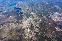 Sjötexcoco nära Mexiko - panorama för cityscape för flyg- sikt för stad royaltyfria foton