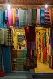 Sjaalwinkel in Katmandu, Nepal Royalty-vrije Stock Fotografie